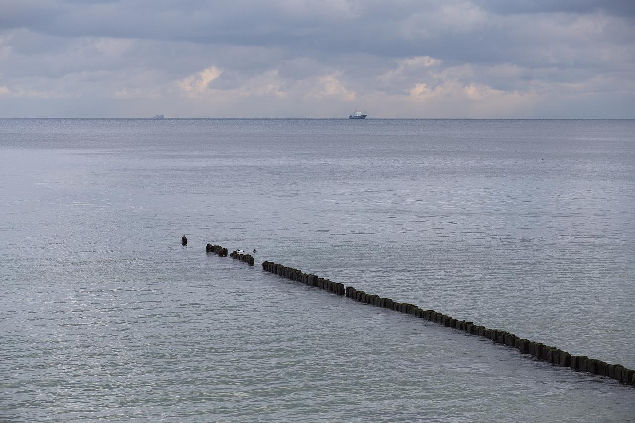 Kliknij obrazek, aby uzyskać większą wersję  Nazwa:morze8.jpg Wyświetleń:188 Rozmiar:854,3 KB ID:570