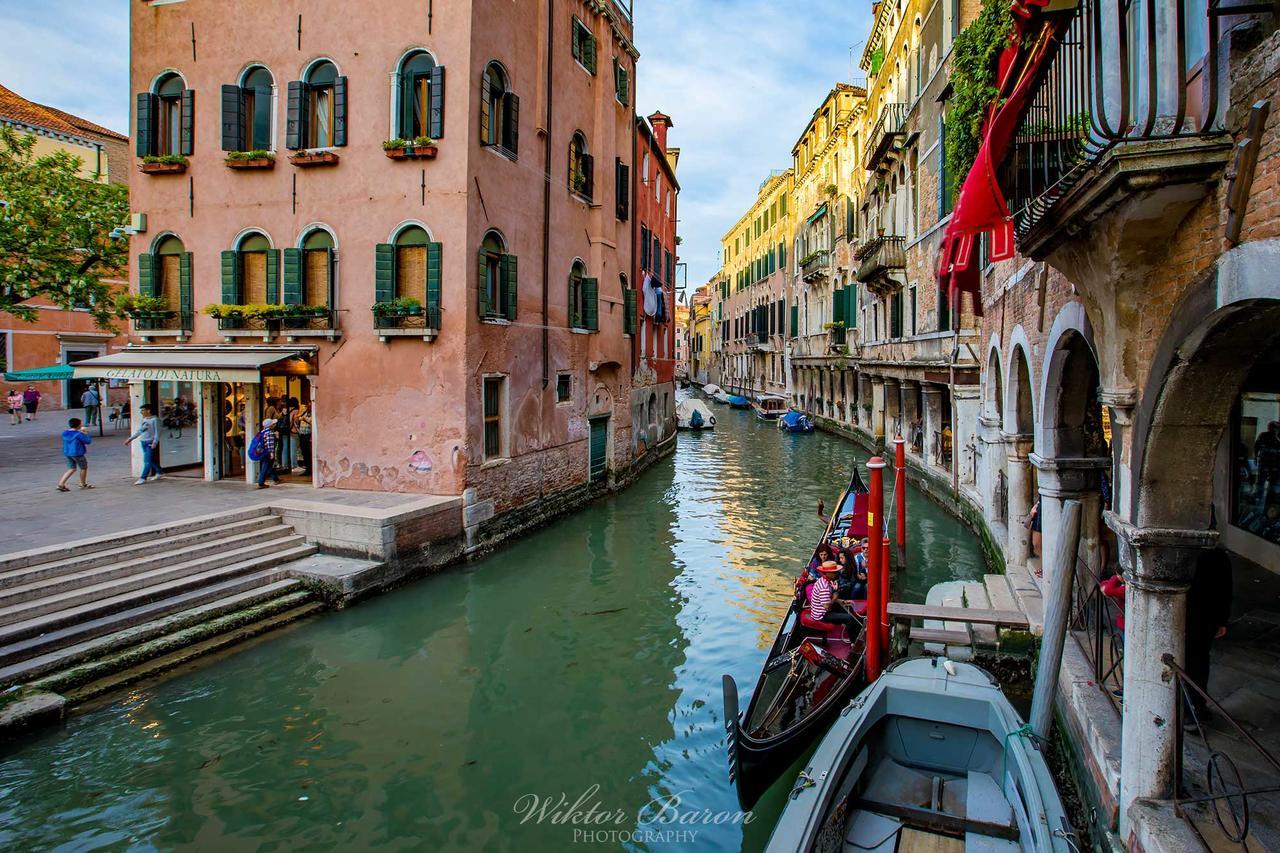 Kliknij obrazek, aby uzyskać większą wersję  Nazwa:Wenecja (18).jpg Wyświetleń:8 Rozmiar:410,3 KB ID:5983
